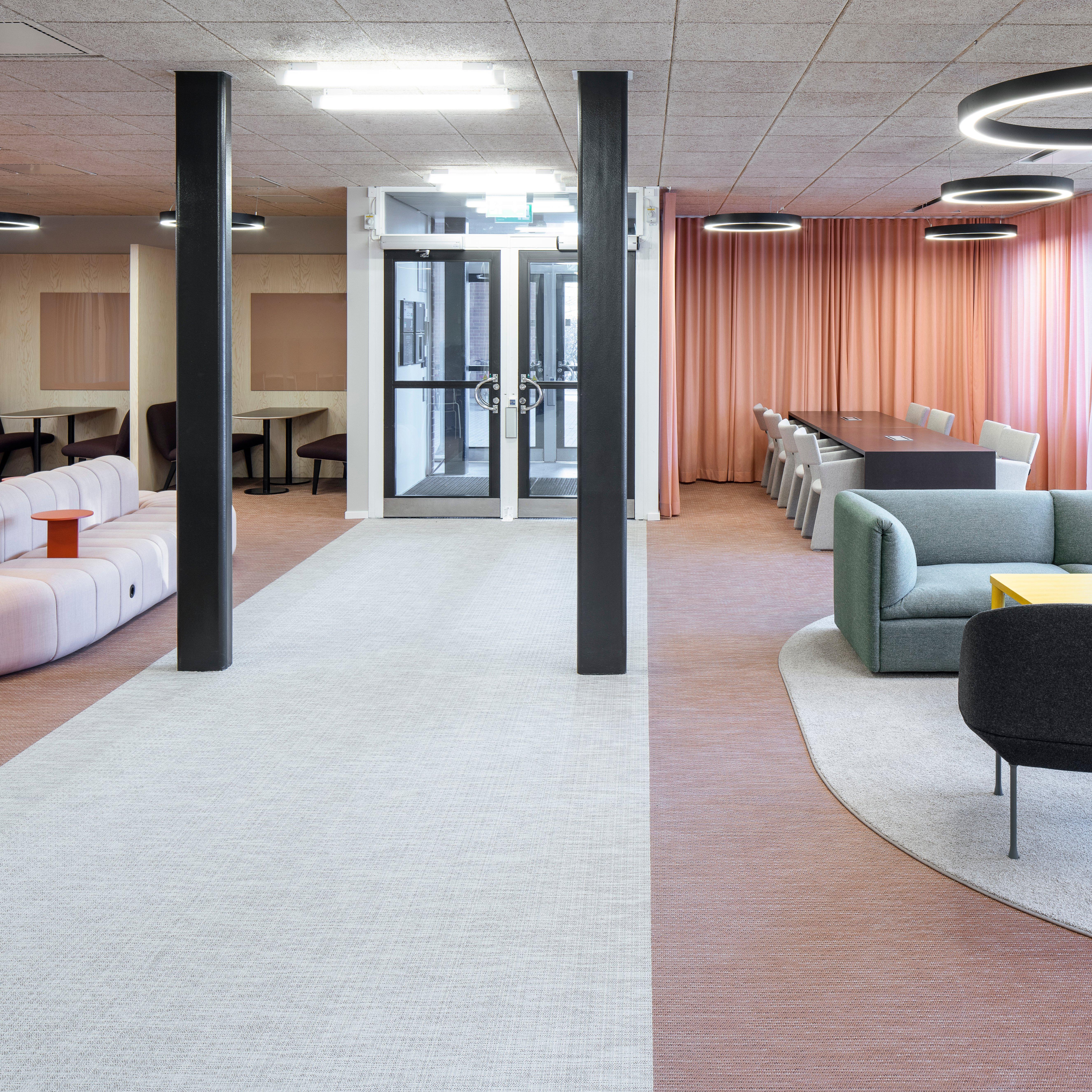 Bolon_Flooring_Karolinska5_SE