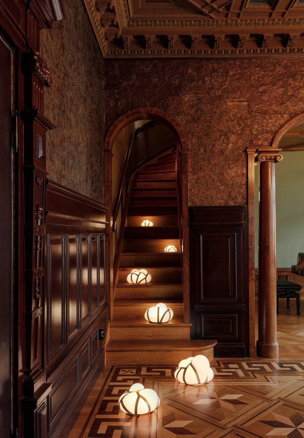 bakers-house-stockholm-design-week-farg-blanche-interiors-installations-_dezeen_2364_col_8